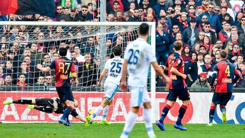 <p>               Lazio's Croatian midfielder Milan Badelj, center, scores during a Serie A soccer match between Genoa and Lazio at Luigi Ferraris Stadium in Genoa, Italy, Sunday, Feb. 17, 2019 (Simone Arveda/ANSA via AP)             </p>