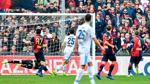 <p>               Lazio's Croatian midfielder Milan Badelj, center, scores during a Serie A soccer match between Genoa and Lazio at Luigi Ferraris Stadium in Genoa, Italy, Sunday, Feb. 17, 2019 (Simone Arveda/ANSA via AP)             </p>