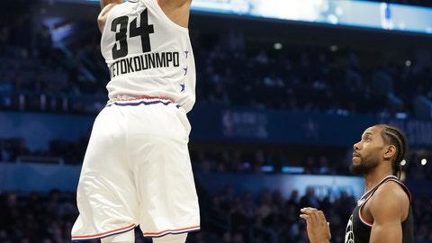 <p>               Team Giannis' Giannis Antetokounmpo, of the Milwaukee Bucks, dunks the ball against Team LeBron during the first half of an NBA All-Star basketball game, Sunday, Feb. 17, 2019, in Charlotte, N.C. (AP Photo/Chuck Burton)             </p>