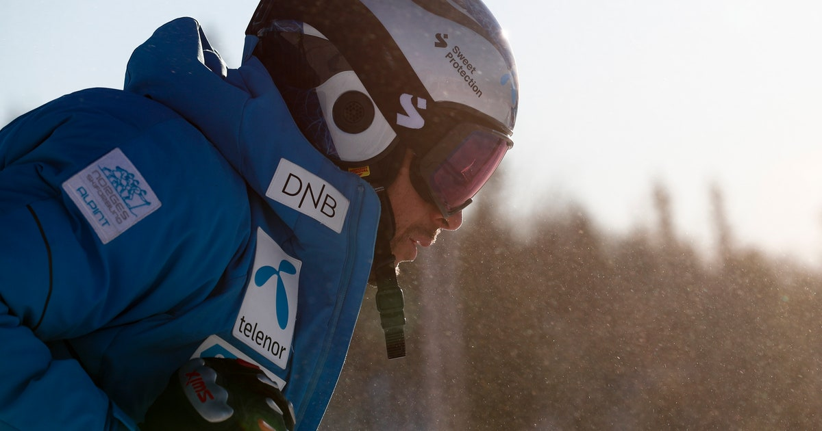 Norway's Svindal bids skiing goodbye in downhill at worlds