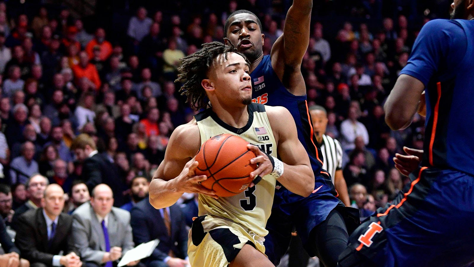 Edwards Scores 23 As Purdue Wins Fourth Straight 73 56 Over