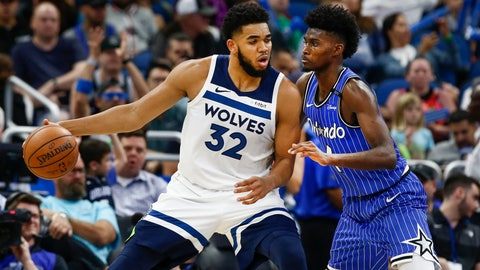 Karl-Anthony Towns cleared to play after auto crash last week