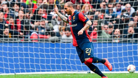 <p>               Genoa's midfielder Stefano Sturaro celebrates after scoring during a Serie A soccer match between Genoa and Juventus at Luigi Ferraris Stadium in Genoa, Italy, Sunday, March 17, 2019. (Simone Arveda/ANSA via AP)             </p>