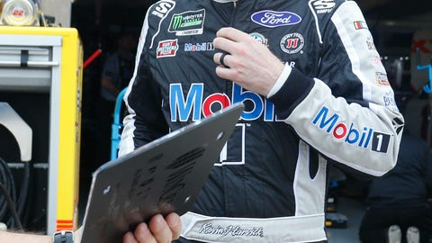 <p>               Kevin Harvick walks away from the garage after practice for a NASCAR Cup Series auto race at Texas Motor Speedway in Fort Worth, Texas, Friday, March 29, 2019. (AP Photo/LM Otero)             </p>