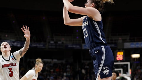 <p>               Louisville forward Sam Fuehring (3)defends as Connecticut guard Katie Lou Samuelson (33)shoots from the perimeter during the first half of a regional championship final in the NCAA women's college basketball tournament, Sunday, March 31, 2019, in Albany, N.Y. (AP Photo/Kathy Willens)             </p>