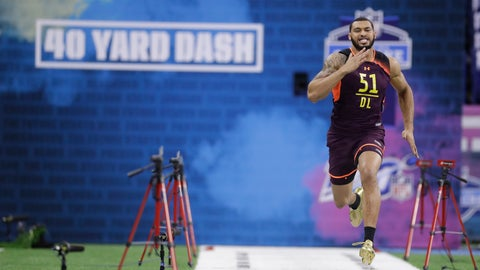 <p>               Mississippi State defensive lineman Montez Sweat runs the 40-yard dash during the NFL football scouting combine, Sunday, March 3, 2019, in Indianapolis. (AP Photo/Darron Cummings)             </p>