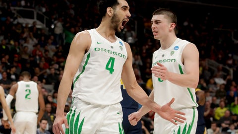 <p>               Oregon guard Ehab Amin (4) celebrates after scoring against UC Irvine during the first half of a second-round game in the NCAA men's college basketball tournament Sunday, March 24, 2019, in San Jose, Calif. (AP Photo/Jeff Chiu)             </p>