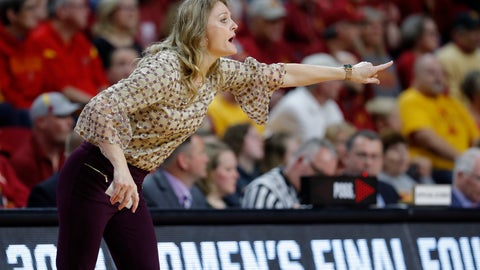 <p>               Missouri State coach Kellie Harper directs her team against Iowa State during the first half of a second-round game in the NCAA women's college basketball tournament Monday, March 25, 2019, in Ames, Iowa. (AP Photo/Matthew Putney)             </p>