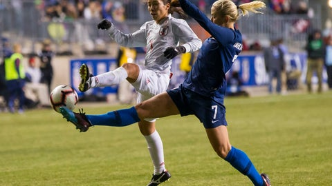 <p>               Japan's Emi Nakajima, left, and United States' Abby Dahlkemper, right, reach for the ball during the second half of SheBelieves Cup soccer match, Wednesday, Feb. 27, 2019, in Chester, Pa. The match ended in a 2-2 tie. (AP Photo/Chris Szagola)             </p>