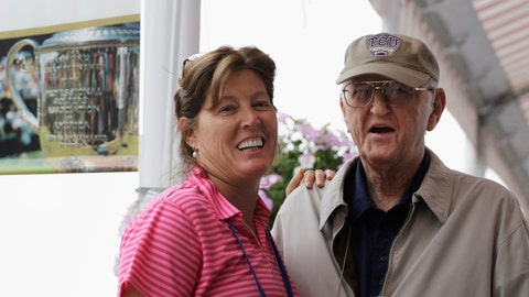 <p>               FILE - In this Aug. 15, 2009, file photo, sports writer Dan Jenkins, right, stands next to his daughter, Sally Jenkins, at the PGA Championship at Hazeltine National Golf Club in Chaska, Minn. Jenkins, the sports writing great and best-selling author known for his humor, has died. He was 89. TCU athletic director Jeremiah Donati confirmed Jenkins died Thursday, March 7, 2019, in his hometown of Fort Worth, Texas. (AP Photo/Jeff Roberson, File)             </p>