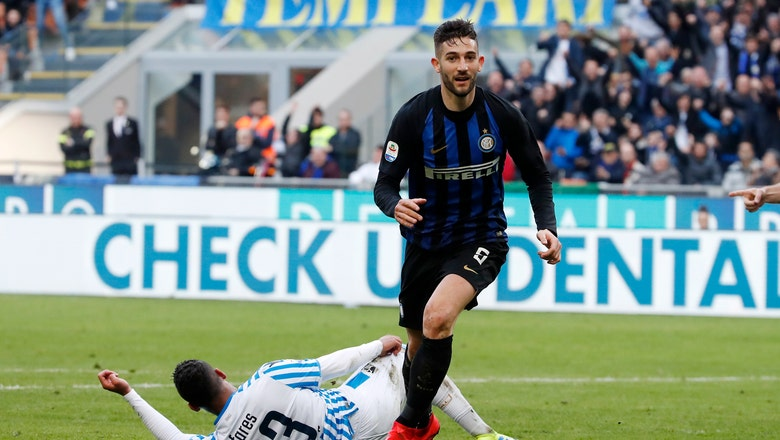 Inter beats Spal 2-0 to stay close to Milan ahead of derby
