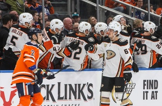 Rakell scores 3 in 2nd period to lead Ducks past Oilers 5-1