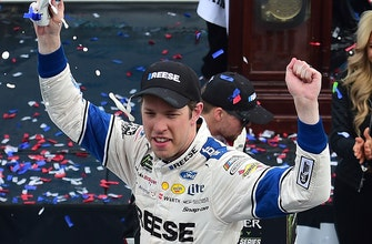 Mike Joy, DW & Jeff Gordon break down Brad Keselowski's dominating performance in Martinsville