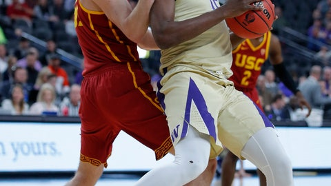 <p>               Washington's Noah Dickerson, right, drives into Southern California's Nick Rakocevic, left, during the first half of an NCAA college basketball game in the quarterfinal round of the Pac-12 men's tournament Thursday, March 14, 2019, in Las Vegas. (AP Photo/John Locher)             </p>