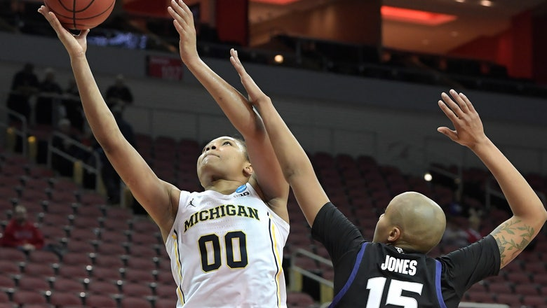 Michigan women dominate Kansas State 84-54 in NCAAs