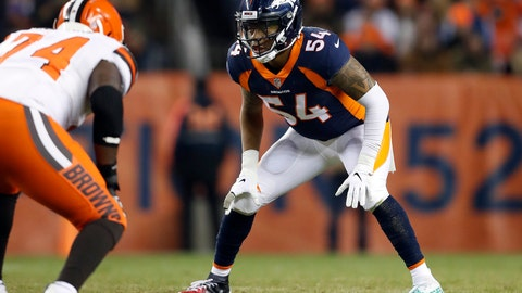 <p>               FILE - In this Dec. 15, 2018, file photo, Denver Broncos inside linebacker Brandon Marshall (54) lines up against Cleveland Browns offensive tackle Chris Hubbard (74) during the first half of an NFL football game in Denver. The Oakland Raiders filled two more holes on their depth chart Thursday, March 28, 2019, by signing linebacker Brandon Marshall and running back Isaiah Crowell to one-year contracts. (AP Photo/Jack Dempsey, File)             </p>