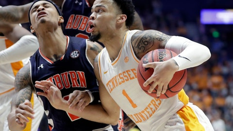 <p>               Tennessee's Lamonte Turner (1) collides with Auburn's Bryce Brown on his way to the basket in the second half of the NCAA college basketball Southeastern Conference championship game Sunday, March 17, 2019, in Nashville, Tenn. (AP Photo/Mark Humphrey)             </p>