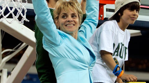 <p>               CORRECTS LAST NAME TO MULKEY AND NOT MULKEY-ROBERTSON AS ORIGINALLY SENT - FILE - In this April 5, 2005, file photo, Baylor coach Kim Mulkey holds the net with her daughter Makenzie, top, and son Kramer, right, after winning the NCAA women's national championship over Michigan State, in Indianapolis. When Baylor won the Big 12 Conference tournament earlier this month, Mulkey climbed another ladder. She was joined this time by daughter Makenzie, now one of her former players and part of her staff, and held her five-month-old grandson. (AP Photo/Michael Conroy, File)             </p>