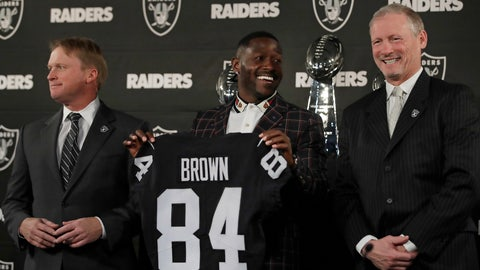 <p>               Oakland Raiders wide receiver Antonio Brown, center, holds his jersey beside coach Jon Gruden, left, and general manager Mike Mayock during an NFL football news conference Wednesday, March 13, 2019, in Alameda, Calif. (AP Photo/Ben Margot)             </p>