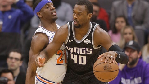 <p>               Sacramento Kings forward Harrison Barnes, right, works against New York Knicks guard Damyean Dotson during the first quarter of an NBA basketball game Monday, March 4, 2019, in Sacramento, Calif. (AP Photo/Rich Pedroncelli)             </p>