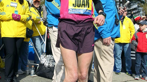 <p>               FILE - In this April 15, 2013 file photo, Joan Benoit Samuelson warms up in Hopkinton, Mass., prior to the start of the 117th running of the Boston Marathon. The Boston Athletic Association, which organizes the race, said Friday, March 15, 2019, that the two-time champion and Olympic gold medalist will be in the field for the 123rd running of the Boston Marathon on Monday, April 15. (AP Photo/Stew Milne, File)             </p>