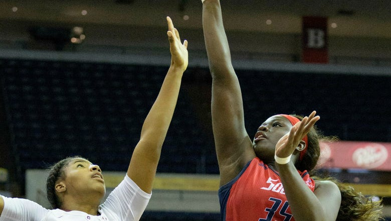 Collier lifts Little Rock women to NCAAs