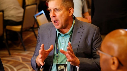 <p>               New Orleans Saints head coach Sean Payton speaks to the media during the NFC/AFC coaches breakfast during the annual NFL football owners meetings, Tuesday, March 26, 2019, in Phoenix. (AP Photo/Matt York)             </p>