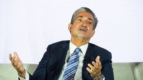 <p>               Ted Leonsis, owner of the NHL Capitols and NBA Wizards, addresses the American Gaming Association's Sports Betting Executive Summit, at the MGM Grand National Harbor Casino, in Oxon Hill, Md., Wednesday, March 27, 2019. The Supreme Court ruled last May 14 that any state can legalize sports betting if it chooses, and since then the action has been swift. Sports gambling is now legal in eight states, with more than 20 others at least considering legalization.  (AP Photo/Cliff Owen)             </p>