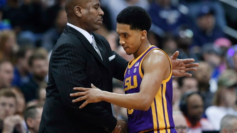 <p>               LSU interim coach Tony Benford, left, greets guard Tremont Waters late in the team's NCAA men's college basketball tournament East Region semifinal against Michigan State in Washington, Friday, March 29, 2019. Michigan State won 80-63. (AP Photo/Alex Brandon)             </p>