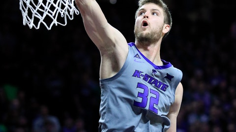 <p>               Kansas State forward Dean Wade (32) dunks during the second half of an NCAA college basketball game against Baylor in Manhattan, Kan., Saturday, March 2, 2019. (AP Photo/Orlin Wagner)             </p>