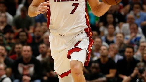 <p>               Miami Heat guard Goran Dragic (7) brings the ball upcourt against the Dallas Mavericks during the second half of an NBA basketball game, Thursday, March 28, 2019, in Miami. (AP Photo/Joel Auerbach)             </p>
