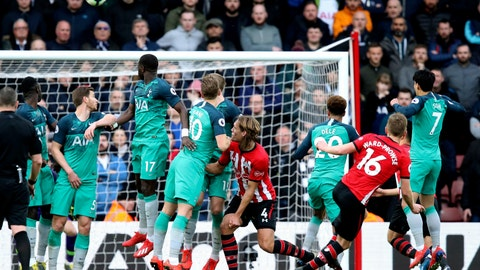 <p>               Southampton's James Ward-Prowse, second right, takes a free kick to score against Tottenham Hotspur during the English Premier League soccer match at St Mary's Stadium, Southampton, England, Saturday March 9, 2019. (Andrew Matthews/PA via AP)             </p>