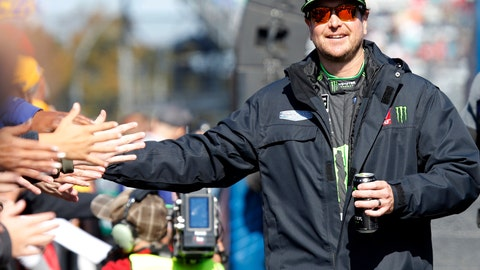 <p>               FILE - In this Oct. 28, 2018, file photo, Kurt Busch greets fans during driver introductions prior to the start of the Monster Energy NASCAR Cup Series race at Martinsville Speedway in Martinsville, Va. Kurt Busch arrived at Phoenix this weekend feeling like he was holding a full house. The Las Vegas native is coming off a second consecutive top-five run, this time at his home track, and felt as if his Chip Ganassi Racing team _ and their Chevrolet power plants _ were finally catching up to the Ford and Toyota teams that have dominated the early part of the Cup season. To top it off, his No. 1 team announced Friday, March 8, 2019,  a new sponsorship deal with Global Poker, one of the world's leading online gaming sites _ no small news when motorsports backing is hard to find. (AP Photo/Steve Helber, File)             </p>