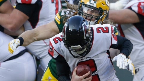 <p>               FILE - In this Dec. 9, 2018, file photo, Green Bay Packers' Clay Matthews sacks Atlanta Falcons' Matt Ryan during the second half of an NFL football game in Green Bay, Wis. Longtime Green Bay linebacker Matthews has agreed to a two-year contract with the Los Angeles Rams. The Rams announced the deal Tuesday, March 19, 2019, for Matthews, the former USC star who spent the past decade with the Packers. (AP Photo/Jeffrey Phelps)             </p>