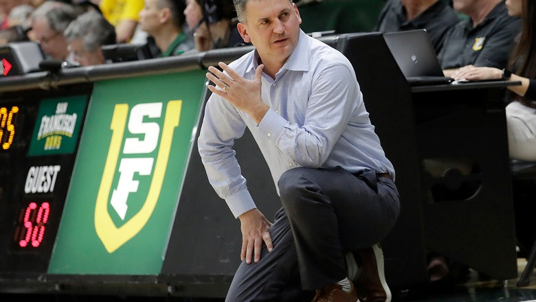 AP Source: Kyle Smith hired as Washington State coach