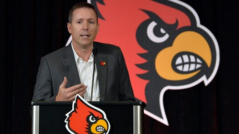 <p>               FILE - In this Dec. 4, 2018, file photo, Scott Satterfield speaks to the media and gathered fans following the announcement of his hiring as Louisville's new head NCAA college football coach in Louisville, Ky. The first-year Louisville coach changed the Cardinals' football schedule to finish workouts before spring break. Satterfield has said he wants more time to evaluate the players he has and identify needs with rebuilding Louisville coming off a 2-10 season.  (AP Photo/Timothy D. Easley, File)             </p>