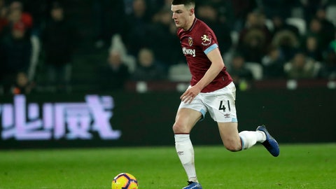 <p>               West Ham's Declan Rice controls the ball during the English Premier League soccer match between West Ham and Fulham at the London Stadium in London, Friday, Feb. 22, 2019. (AP Photo/Matt Dunham)             </p>