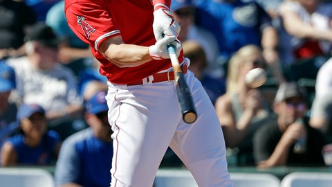 <p>               Los Angeles Angels' Mike Trout connects on a three-run home run against the Chicago Cubs in the third inning of a spring training baseball game Tuesday, March 5, 2019, in Tempe, Ariz. (AP Photo/Elaine Thompson)             </p>