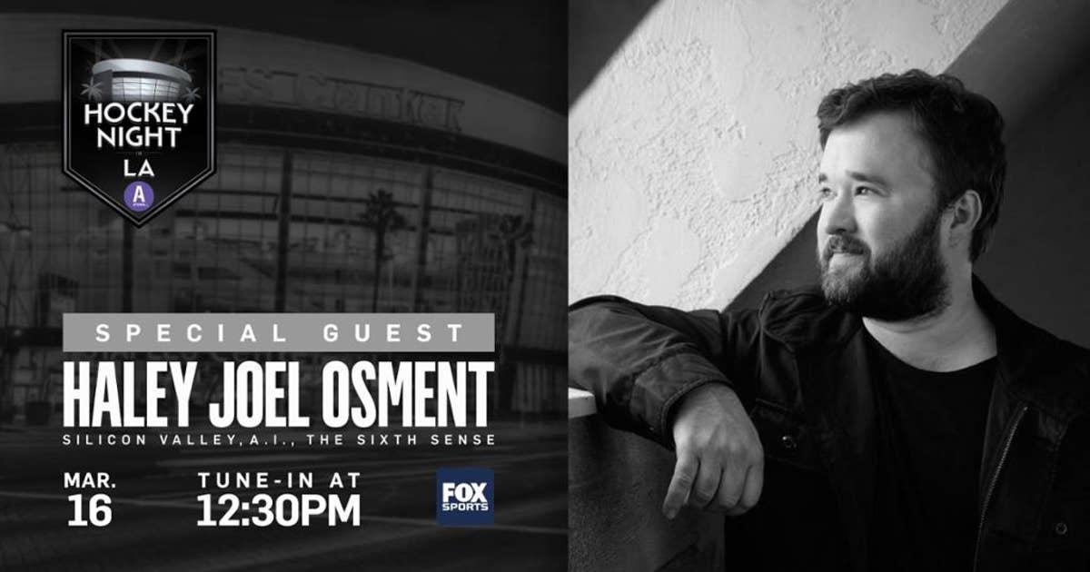 Haley Joel Osment joins LA Kings broadcast for Hockey Night in LA