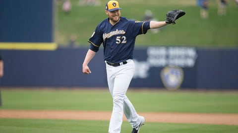 Jimmy Nelson, Brewers pitcher (↑ UP)