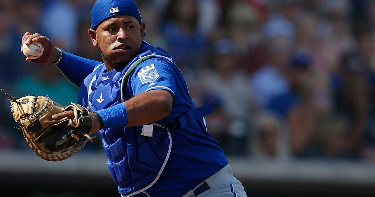 Royals recall Viloria from Double-A | FOX Sports