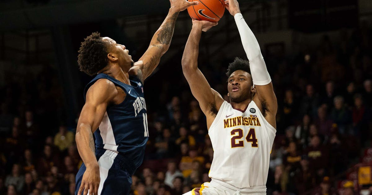 Gophers' Eric Curry injured in practice, out for the season