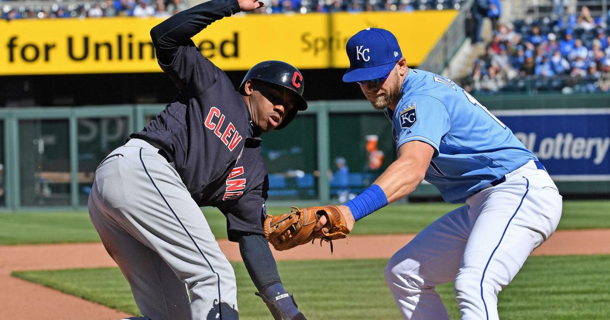 Indians swept by Royals thanks to pinch-running Terrance Gore, 9-8