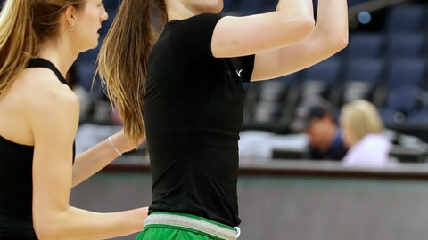 <p>               Oregon guard Sabrina Ionescu puts up a shot during practice at the women's Final Four NCAA college basketball tournament, Thursday, April 4, 2019, in Tampa, Fla. Oregon faces Baylor in a national semifinal on Friday. (AP Photo/Chris O'Meara)             </p>
