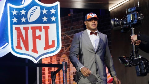 <p>               Iowa tight end Noah Fant takes the stage after NFL Commissioner Roger Goodell announced that the Denver Broncos selected Fant in the first round at the NFL football draft, Thursday, April 25, 2019, in Nashville, Tenn. (AP Photo/Mark Humphrey)             </p>