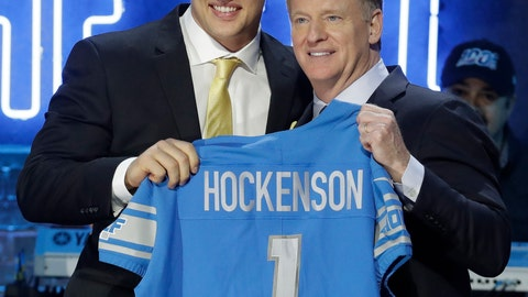 <p>               Iowa tight end T.J. Hockenson poses with NFL Commissioner Roger Goodell after the Detroit Lions selected Hockenson in the first round at the NFL football draft, Thursday, April 25, 2019, in Nashville, Tenn. (AP Photo/Steve Helber)             </p>