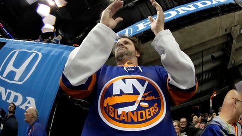 <p>               A spectator reacts during the first period of Game 1 of an NHL hockey second-round playoff series between the New York Islanders and the Carolina Hurricanes, Friday, April 26, 2019, in New York. (AP Photo/Julio Cortez)             </p>