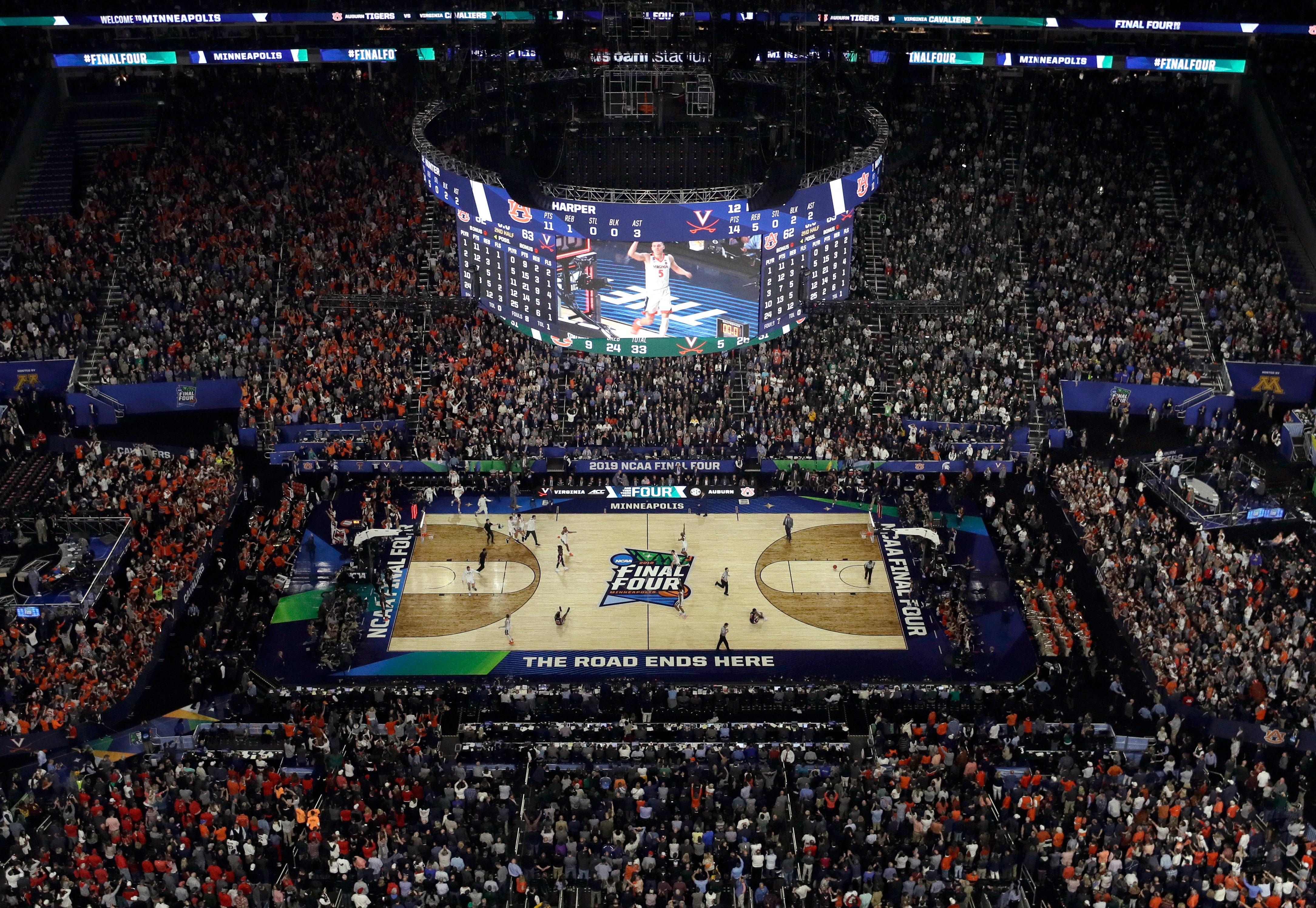 NCAA Latest: Stats show tiny edges for Virginia, Texas Tech