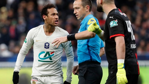 <p>               PSG's Neymar, left, argues with Rennes' goalkeeper Tomas Koubek, right, during the French Cup soccer final between Rennes and Paris Saint Germain at the Stade de France stadium in Saint-Denis, outside Paris, France, Saturday, April 27, 2019. (AP Photo/Thibault Camus)             </p>