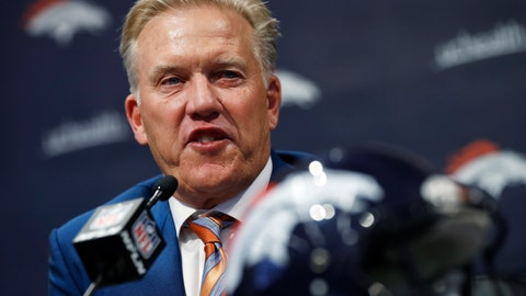 <p>               Denver Broncos general manager John Elway talks about the team's first-round selection of Iowa tight end Noah Fant in the NFL Draft Thursday, April 25, 2019, in the team's headquarters in Englewood, Colo. (AP Photo/David Zalubowski)             </p>